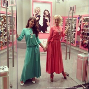 Ольга Бузова открыла магазин бижутерии в центре Москвы