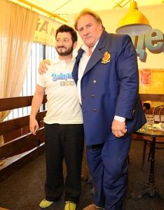 Жерар Депардье и Михаил Галустян фото 2013
