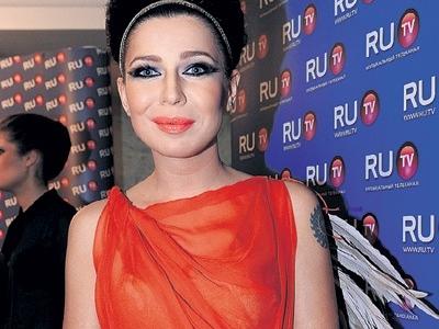 Елка без макияжа фото