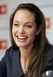 Анжелина Джоли без макияжа