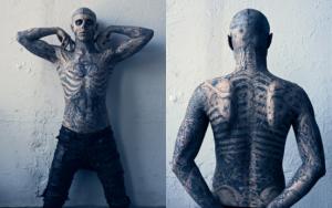 Все его татуировки настоящие