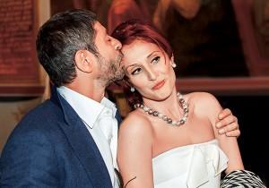 Супруга Валерия Николаева официально подала н...