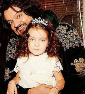 Филипп Киркоров с дочерью. Фото