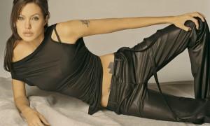 Angelina-Jolie39-1000x600