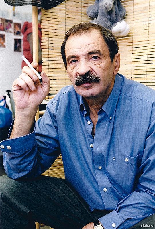 Илья Олейников актер