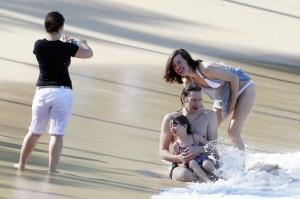 maui Milla+Jovovich+Ever+Anderson+Milla+Jovovich+nvD96RrIFRxx мауи