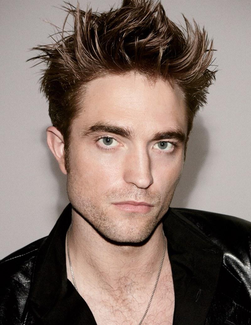 Robert Pattinson Photos, News, and Videos